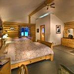 Last Frontier Heliskiing Bell 2 Lodge