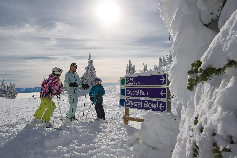Ski Sun Peaks Family Offer Canada