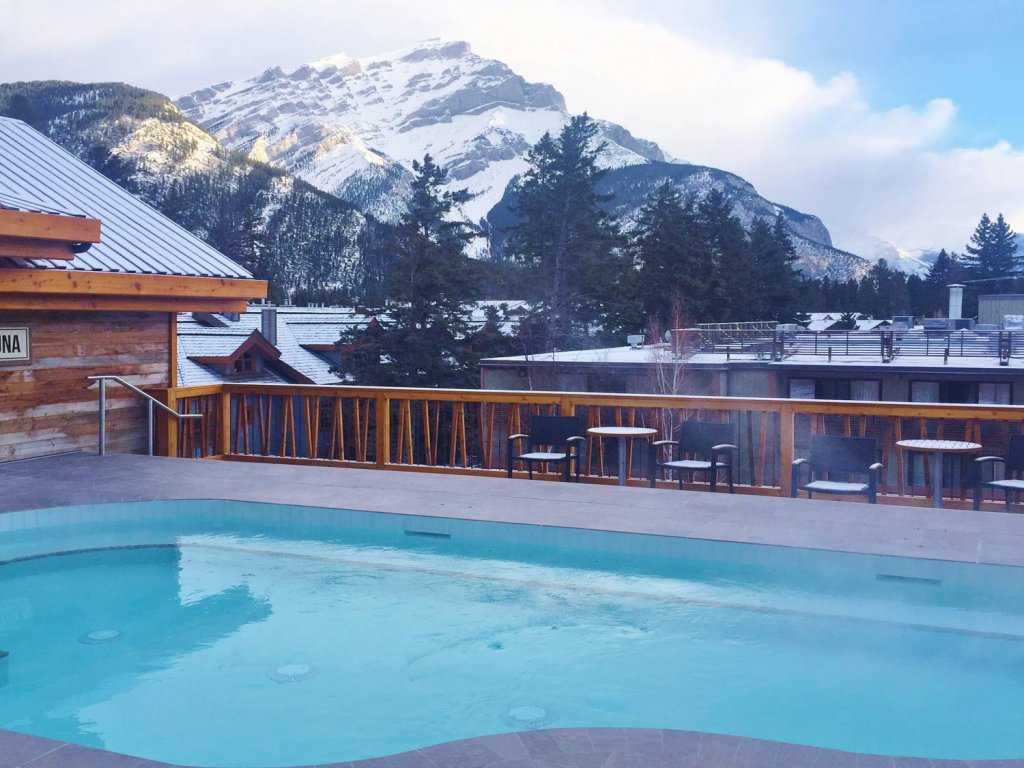 Ski accommodation in Banff Canada
