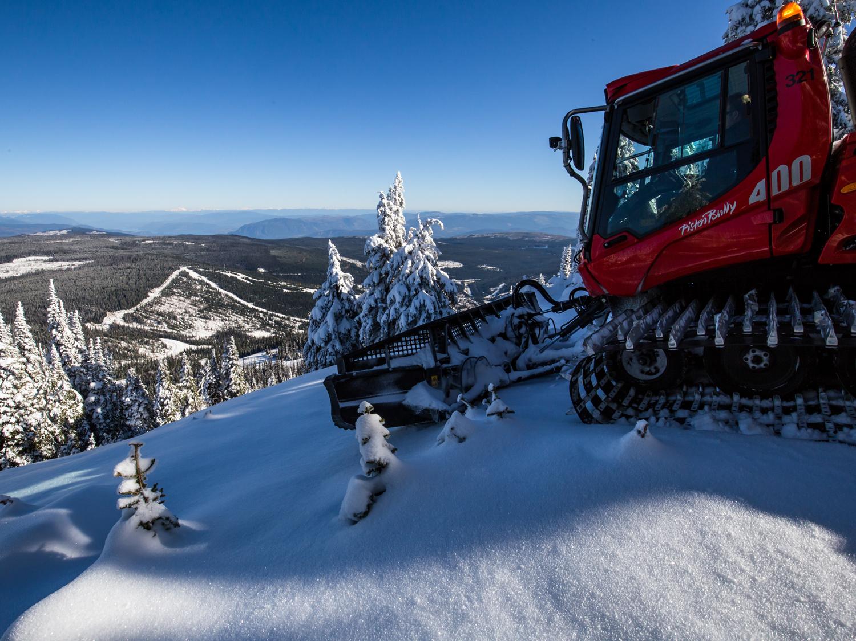 Snow groomer tours