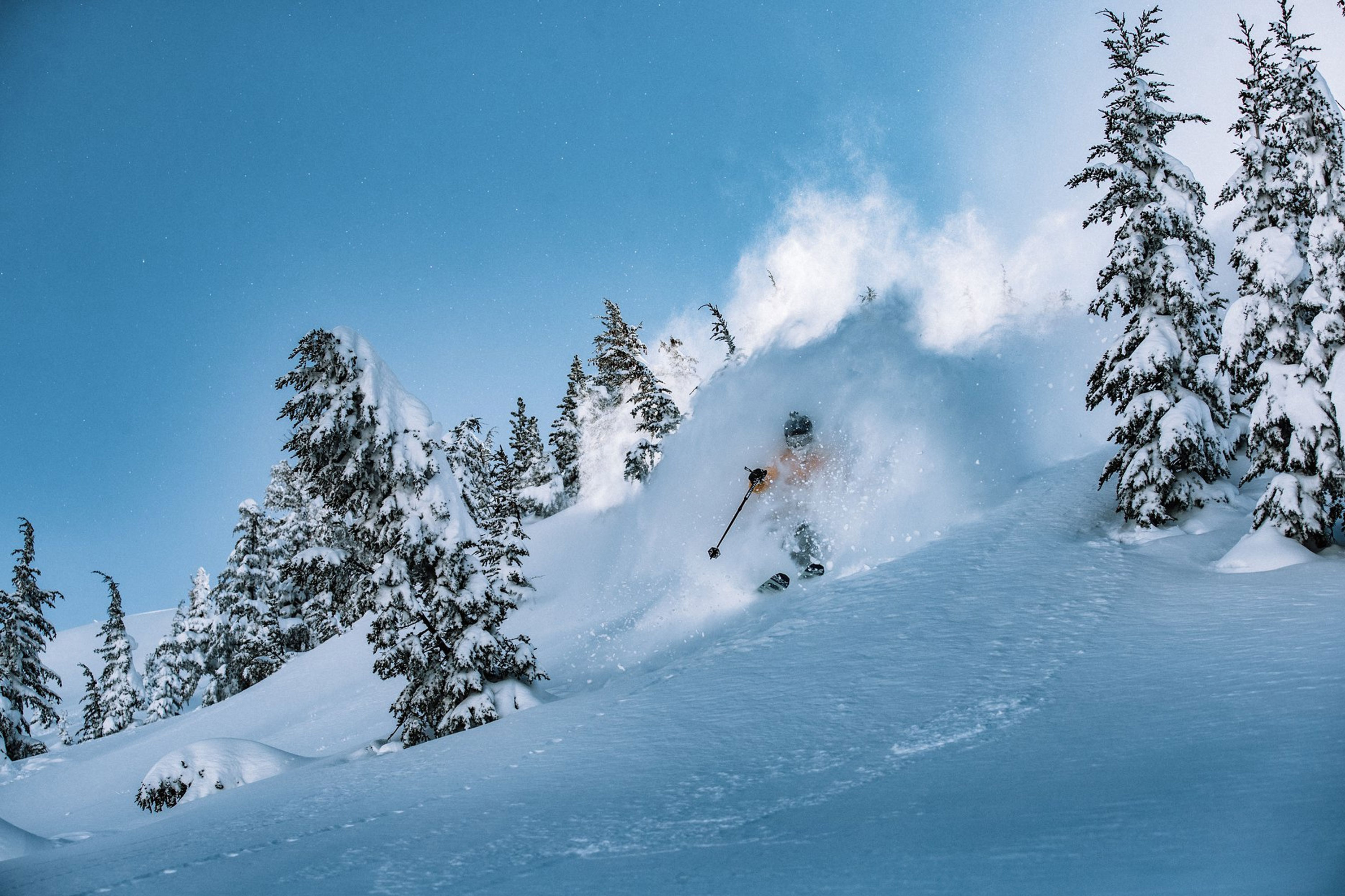 SKI Mammoth mountain USA ski holiday offer April 2019
