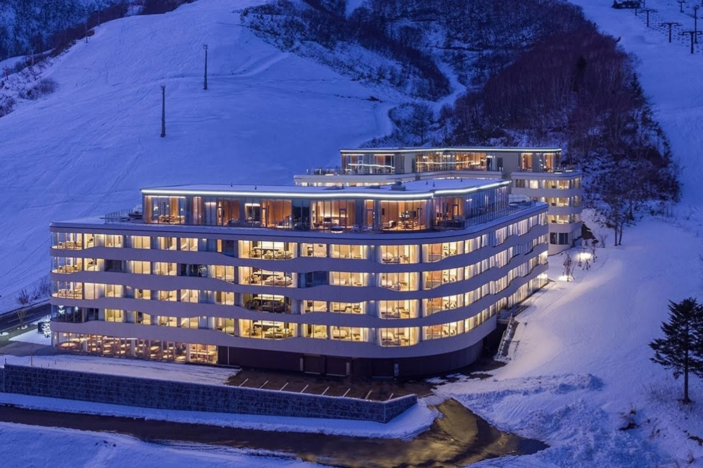 Ski and stay at Skye Niseko Japan